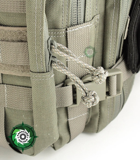 "Paracord Zipper-Pull o splocie ""Diamond"" długość 60-65 mm."